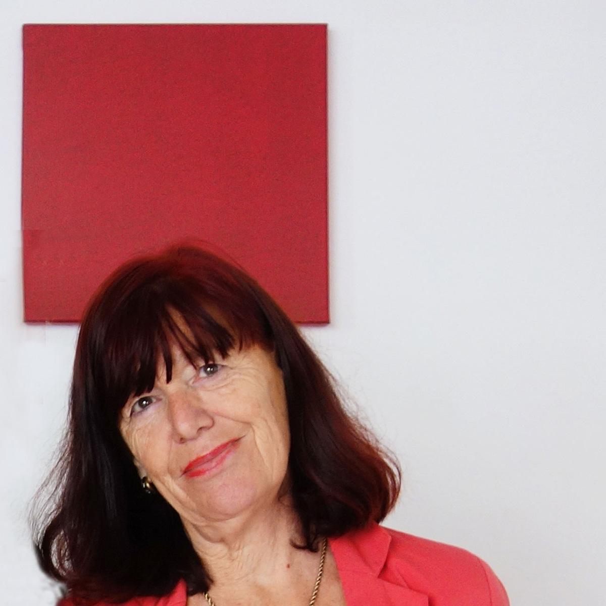 Sabine Deitmer